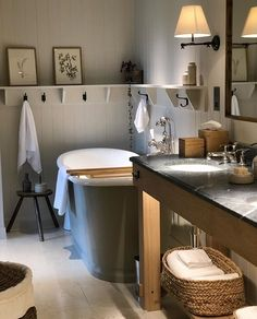 Designing my new bathroom at home this evening and love every element of this. Gray Interior, Bathroom Interior, Bathroom Plans, Bathroom Ideas, Bathroom Inspo, Bathroom Designs, English Country Decor, Bathroom Design Inspiration, English House