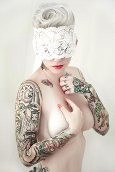 photography: sweet trade photography, sarah beth faison  model, hair, makeup: Alabama Deer  mask: amorous cats attic