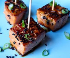Coated in a flavorful homemade teriyaki glaze and seasoned with sesame seeds and scallions, these delicious Teriyaki Salmon Bites are a total crowd pleaser.
