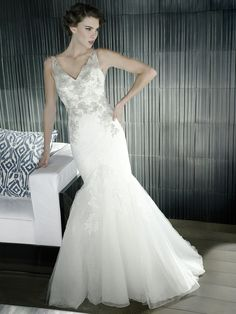 Style * HALEYVILLE * » Blue 2015 Collection » by Enzoani » Available Colours : Ivory/Pewter, White/Pewter, Ivory/Ivory ~ Shown with Beaded Appliqués on delicate Lace Bodice (ad shot)