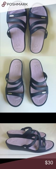 915b42bd17b Women s Navy blue Crocs sandals size 9 I bought these on vacation and I don