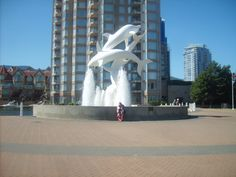A fountain by the Delta Grand Hotel in Downtown Kelowna! Grand Hotel, Fountain, Places To Go, Beautiful Places, Canada, Memories, Travel, Voyage, Souvenirs