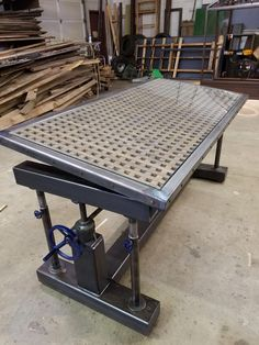 welding table plans or ideas Welding Bench, Metal Welding, Welding Cart, Diy Welding, Welding Shop, Metal Furniture, Industrial Furniture, Shielded Metal Arc Welding, Welding And Fabrication