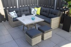 Salvador loungeset met vierkante lounge diningtafel - Gratis thuisbezorgd! Lounge, Outdoor Furniture Sets, Outdoor Decor, Salvador, Garden, Modern, Room, Home Decor, Airport Lounge