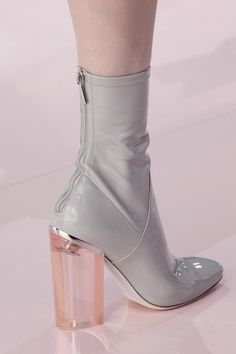 Christian Dior at Paris Fashion Week Fall 2015 - Details Runway Photos Sock Shoes, Cute Shoes, Women's Shoes, Me Too Shoes, Platform Shoes, Ankle Boots, Bootie Boots, Shoe Boots, Look Fashion
