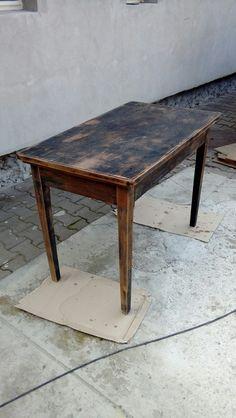 "Masa in curs de reconditionare. ,,lemn masiv"""