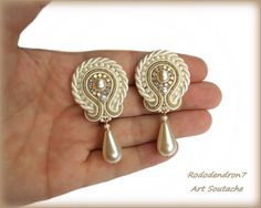 Items similar to Soutache earrings - great wedding idea for bride and bridesmaids - perfect for friends or sisters - Handmade Jewelry - Mystic Flowers Pearl on Etsy Soutache Bracelet, Soutache Jewelry, Lace Earrings, White Earrings, Wedding Hands, Handcrafted Jewelry, Unique Jewelry, Polymer Clay Jewelry, Shibori