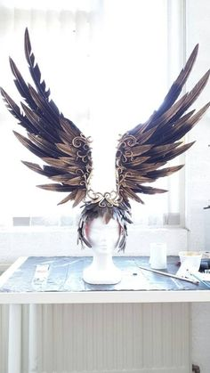Headdress on the Phoenix Dress by Jolien-Rosanne (Fairytas, NL) - Album on… Maquillage Halloween, Boho Gypsy, Headgear, Larp, Costume Design, Masquerade, Wearable Art, Halloween Costumes, Fairy Costumes