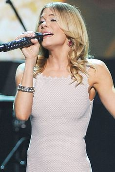 LeAnn Rimes Performs at this year's Plexus Freedom Convention in Dallas.