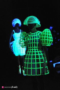 glow in the dark fashion | Tumblr
