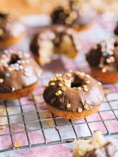 Uunidonitsit ilman donitsipeltiä | Annin Uunissa