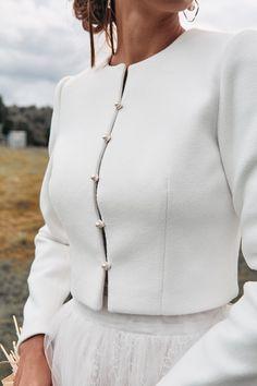 Bridal coat Wedding cashmere jacket Ecru jacket for bride Winter Wedding Coat, Winter Bride, Winter Weddings, Fall Wedding, Bridal Bolero, Bridal Cape, Bohemian Style Dresses, Boho Outfits, Minimal Wedding Dress