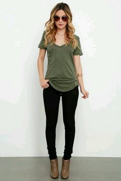 casual outfits for winter comfy lazy days,casual clothes for women every day,casual clothes summer fashion ideas Looks Style, Casual Looks, Mode Outfits, Fashion Outfits, Womens Fashion, Best Outfits 2017, Hipster Outfits, Fashion Ideas, Outfits For Vegas