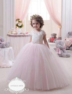 vestidos-de-nina-para-fiestas-y-eventos-elegantes-42.jpg (551×716)