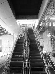 Escalators   www.vacuumelevators.com #PneumaricVaccum #Elevators