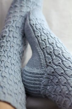 knittingbabe: Pattern here