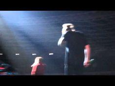 WATCH: Harry Styles breaks down in tears on stage after Zayn Malik's departure from One Direction