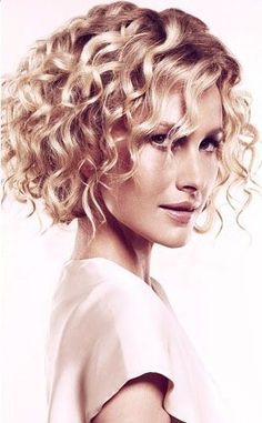 medium-curly-hairstyles | Combination one length and layers | Pinterest | Sexy, My hair and Love this