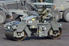Military steamroller   Source? -DAJ
