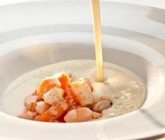 Crema de patata y puerro con langostinos por Thermomix