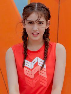 J Pop, Korean Beauty, Indian Beauty, Jeon Somi, Beautiful Asian Girls, Ulzzang Girl, Stylish Girl, South Korean Girls, Girl Pictures