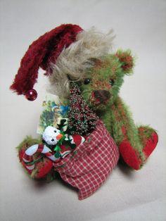 Oscar the mohair Chirstmas artist bear by Melanie by Melbears, $120.00 Cuddles, Teddy Bears, Dinosaur Stuffed Animal, Christmas Ornaments, Holiday Decor, Unique Jewelry, Winter, Handmade Gifts, Artist