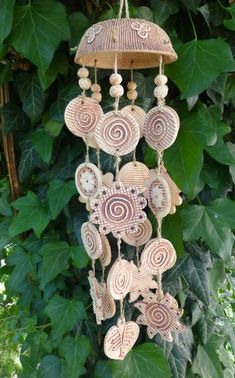 Diy Clay, Clay Crafts, Crafts To Make, Clay Wall Art, Clay Art, Hand Built Pottery, Pottery Art, Mobiles, Pottery Handbuilding