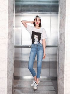 140 amazing outfits ideas for teen girls this summer 23 Modern House Design Korean Fashion Trends, Korean Street Fashion, Asian Fashion, Denim Fashion, Fashion Pants, Fashion Outfits, Womens Fashion, Ootd Fashion, Preppy Mode
