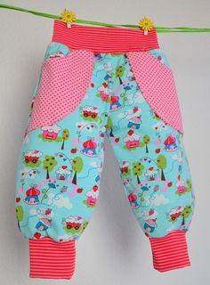 Pumphosen - Pumphose Spielhose Babyhose in Wunschgröße - ein Designerstück von smile-ever bei DaWanda