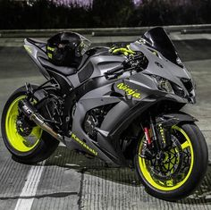 motorcycles-and-more: Kawasaki Ninja - pomozmioddycha.- motorcycles-and-more: Kawasaki Ninja – pomozmioddychac – - Gp Moto, Moto Bike, Kawasaki Motorcycles, Cool Motorcycles, Triumph Motorcycles, Sportbike Motorcycles, Vintage Motorcycles, Motorcycle Outfit, Motorcycle Bike