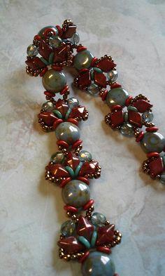 Candy, DiamonDuo O bead bracelet Seed Bead Patterns, Jewelry Patterns, Beading Patterns, O Beads, Beads And Wire, Beaded Braclets, Beaded Jewelry, Making Bracelets With Beads, Jewelry Making