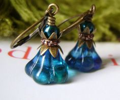 Teal Green Flower Earrings by 5andUnder on Etsy, $14.00