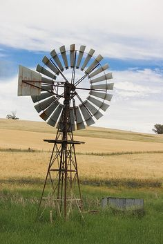 Australian Windmill - cross stitch pattern designed by Tereena Clarke. Country Quilts, Country Farm, Country Life, Country Girls, Country Living, Farm Windmill, Windmill Diy, Vie Simple, Old Windmills