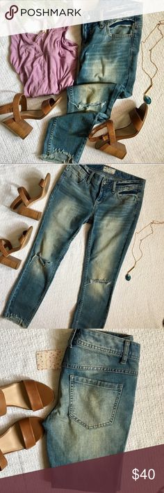 Free people distressed washed denim skinny jeans Free people distressed washed denim skinny jeans. Holes at knee were stock- see stock photos. Re-poshing. I bought them and they were a little too big then I lost a bunch of weight and they noonger fit. Free People Jeans Skinny