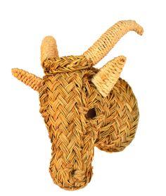 Cabeza de cabra en esparto. http://www.artesaniasanjose.com/es/producto/c00734-1/cabeza-de-elefante-esparto