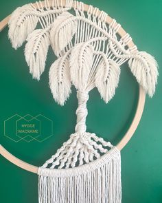 I finally uploaded the Macramé Monstera leaf tutorial that has been so highly requested by you guys…Handmade Macrame Monstera Macrame Tree Dreamcatcher Made with pine wooden hoop and natural cotton rope. Macrame Wall Hanging Patterns, Macrame Plant Hangers, Macrame Art, Macrame Design, Macrame Projects, Macrame Knots, Macrame Patterns, Micro Macrame, Art Macramé