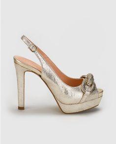 Peep toes de mujer de Pedro Miralles de piel en color oro
