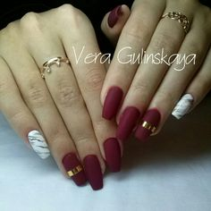 #nails #marble #red #gold #matte