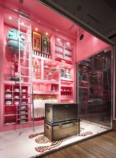 Wonderwall - Retail Interiors