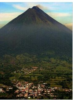 Volcan arenal..costa rica ...