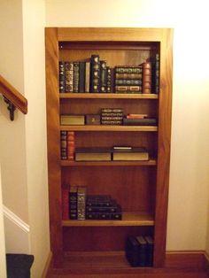 Murphy Door – 32-in. White Hidden Door Bookcase   iSTEALTH! it my ...