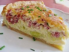 leek pie - Aufläufe Rezepte und Foodfotos - To eat healthy food Cake Recipes With Pictures, Food Pictures, Food Cakes, Meat Recipes, Cooking Recipes, Healthy Recipes, Healthy Food, Snack Recipes, Healthy Lunches