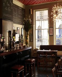 The Duke of Wellington #london #restaurant #accorcityguide The nearest Accor hotel : Mercure London Paddington
