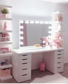 30 Beautiful Glam Room Ideas - The Wonder Cottage Cute Bedroom Decor, Bedroom Decor For Teen Girls, Teen Room Decor, Stylish Bedroom, Room Ideas Bedroom, Ikea Teen Bedroom, Bedroom Ideas For Teens, Bed Ikea, Diy Bedroom