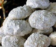 Κουραμπιέδες πολίτικοι του Τσελεμεντέ Biscuit Cookies, Blueberry, Biscuits, Sweet Tooth, Deserts, Fruit, Recipes, Vintage, Food