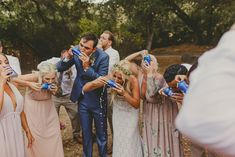New ideas wedding party photos beer Country Wedding Photos, Wedding Pics, Western Wedding Ideas, Wedding Picture Poses, Wedding Photography Poses, Wedding Goals, Dream Wedding, Bridesmaid Pictures, Beer Wedding