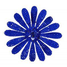 Broche Dublos flor margarita azul strass www.sanci.es Margarita, Convenience Store, Blue Nails, Rhinestones, Convinience Store, Margaritas