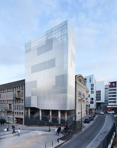 M3A2 Cultural and Community Tower / Antonini + Darmon Architectes