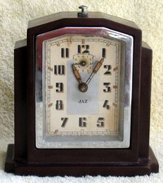 1930's Vintage French Art Deco Bakelite JAZ Mantle Clock with Alarm - Nice Piece