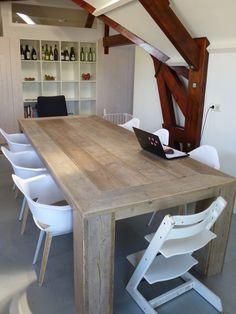 Van Meurs Verbouw & Interieur : Foto  Eettafel van gebruik steigerhout gemaakt door van Meurs verbouw & interieur